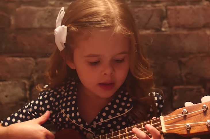 This Little Girl Singing To Her Dad Is Going To Put You In
